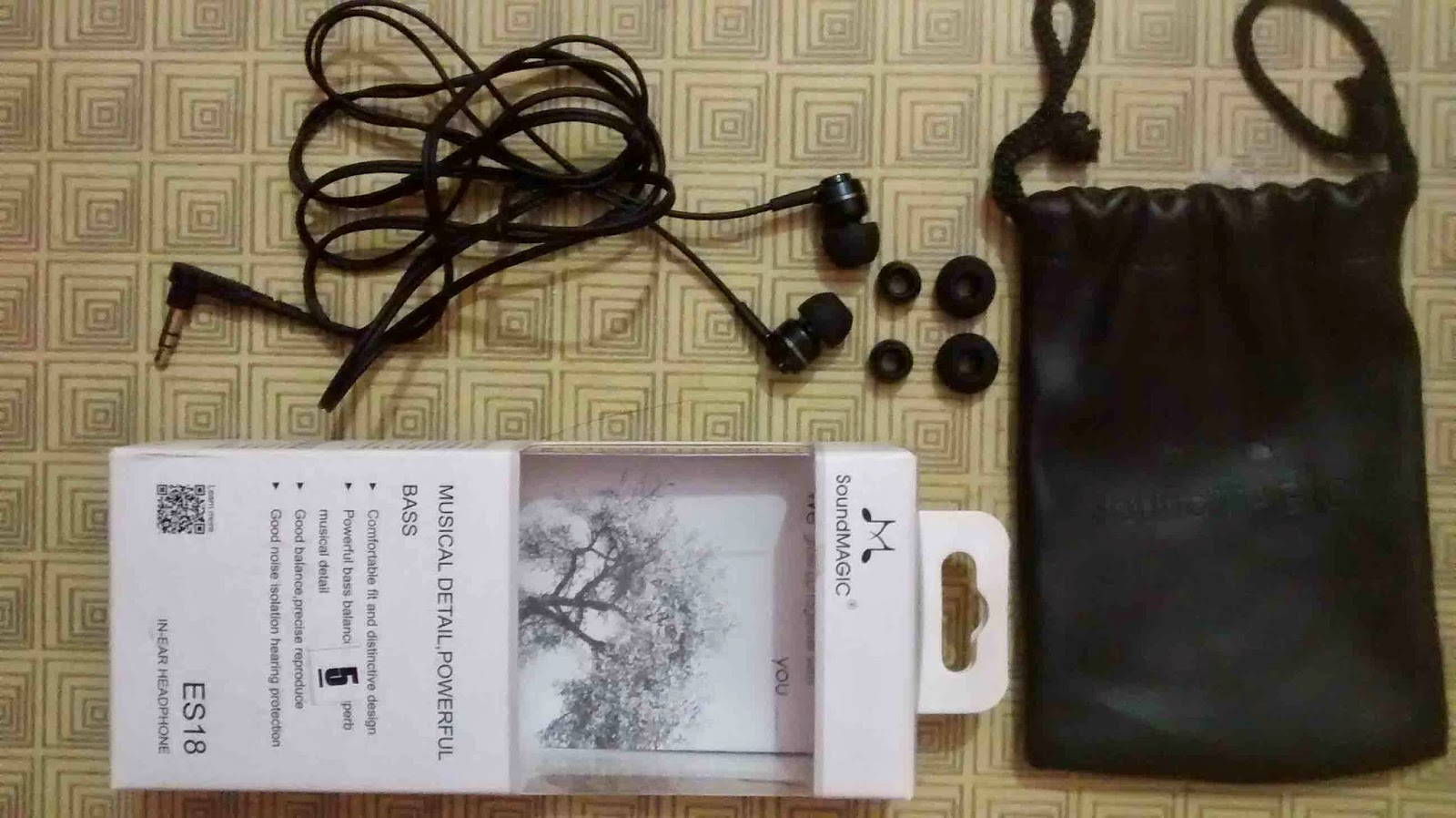 My SoundMagic ES18 Black