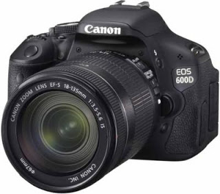Canon EOS 600D with 18-135mm Lens