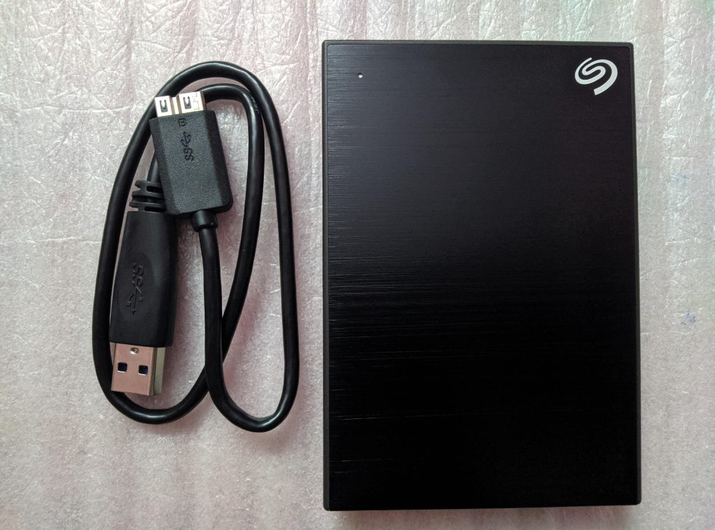 Seagate Backup Plus Slim External HDD Design and Features